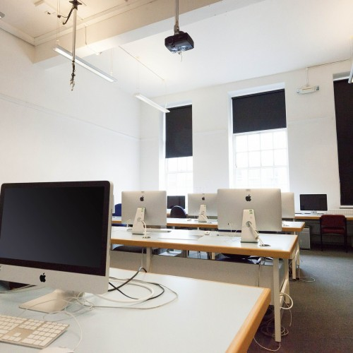 Rolety tekstylne w biurze